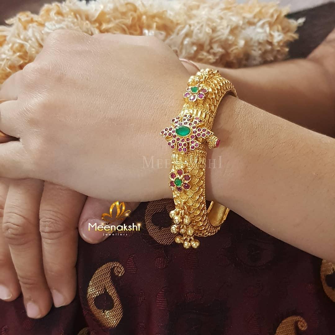 Bold Kada Bangle From Meenakshi Jewellers
