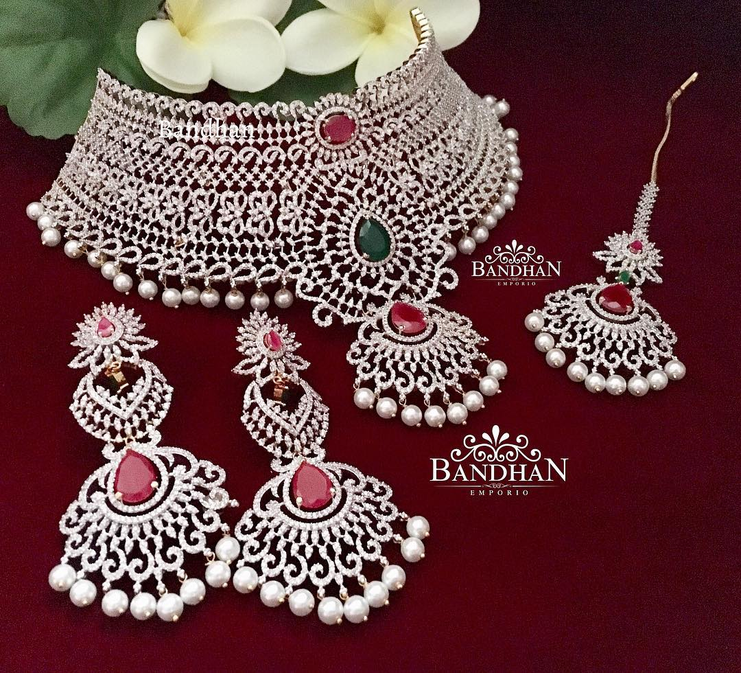 Stunning Choker Set From Bandhan