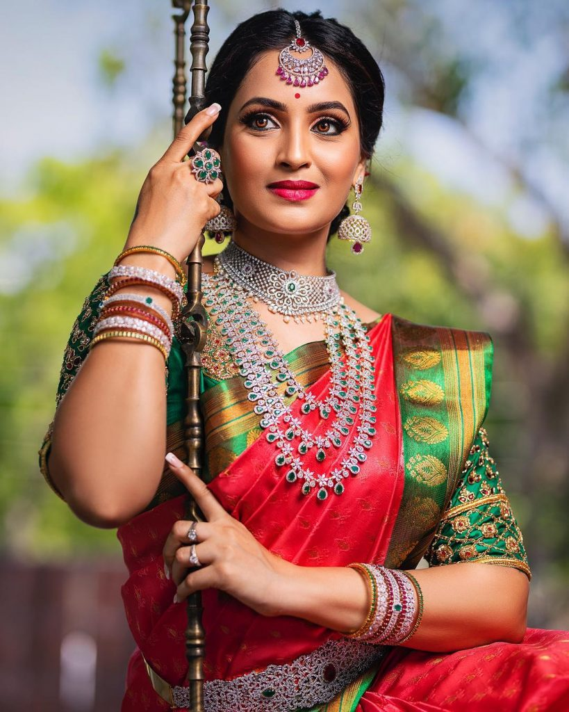 Fashionable Bridal Jewellery From New Ideas Fashions