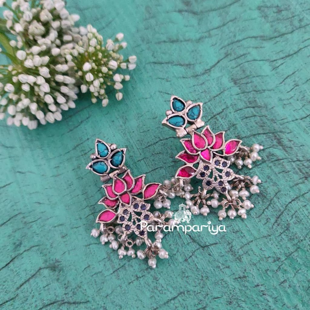 Attractive Silver Earring From Parampariya