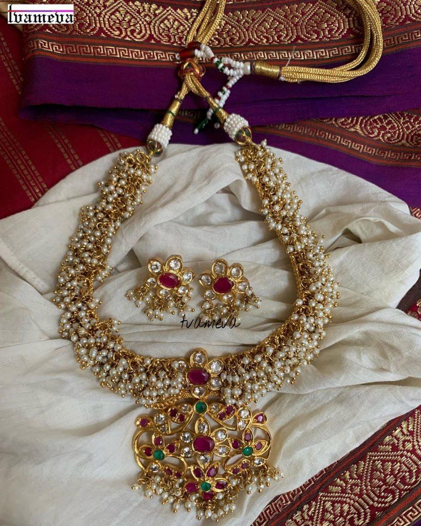Stunning Necklace Set From Tvameva