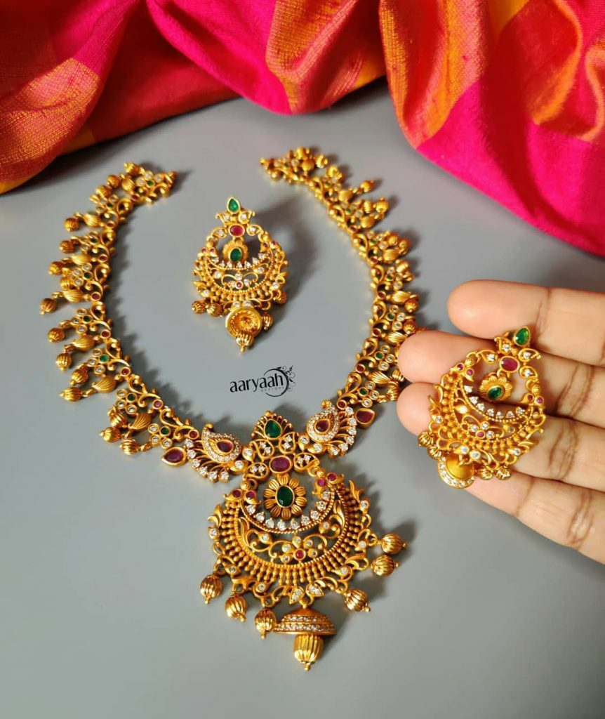 Gorgeous Cut Work Matte Finish Necklace Set From Aaryaah