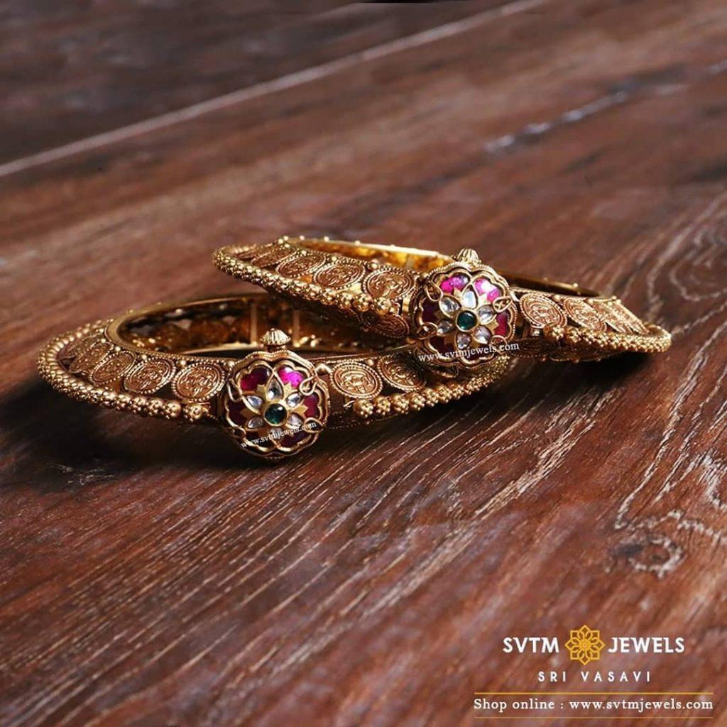 Gold Bridal Bangles From Sri Vasavi Thanga Maligai