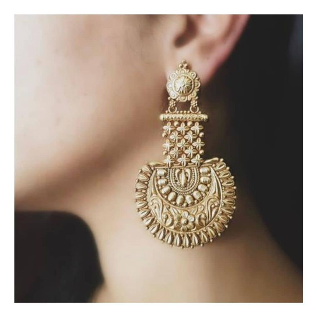 Eye Catching Silver Earring From Studded India