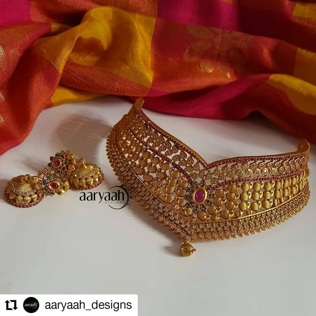 Classic Choker Set From Aaryaah Designs