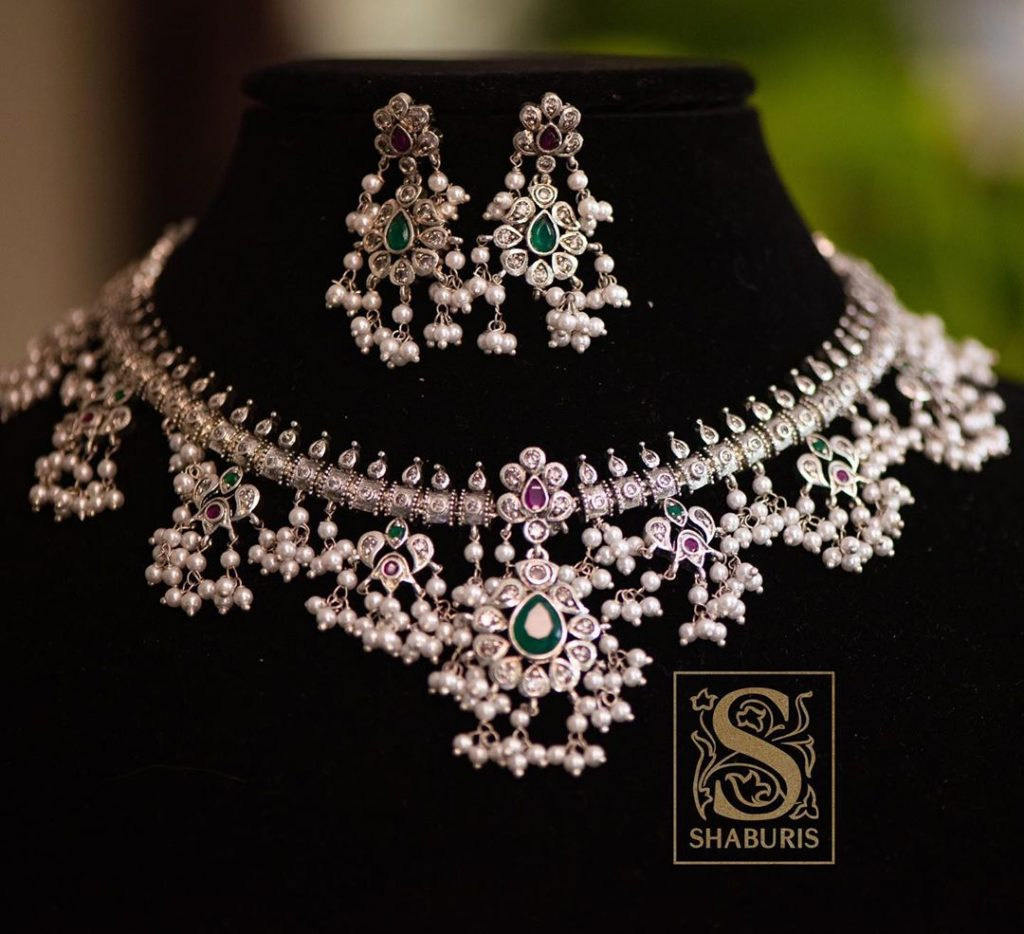 Fashionable Pearl Necklace Set From Shaburis