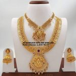 Delightful Gold Necklace Set From Sri Mahalakshmi Gems And Jewellers
