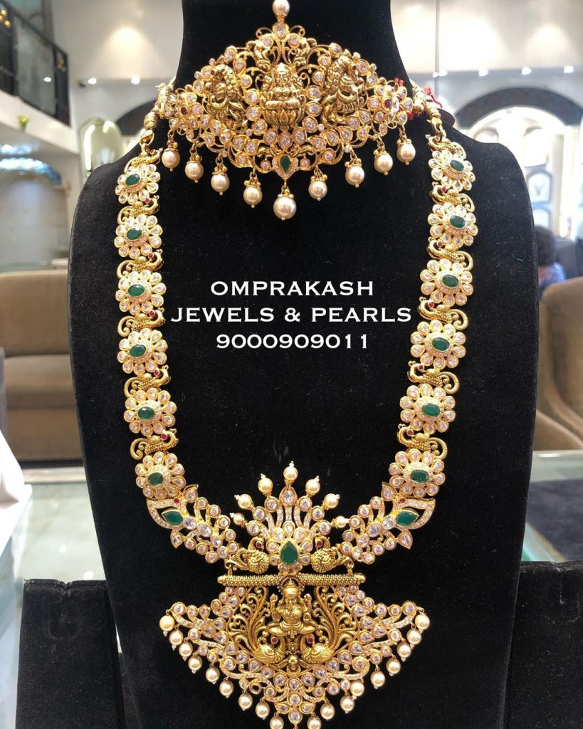 Grand Gold Necklace From Omprakash Jewels & Pearls