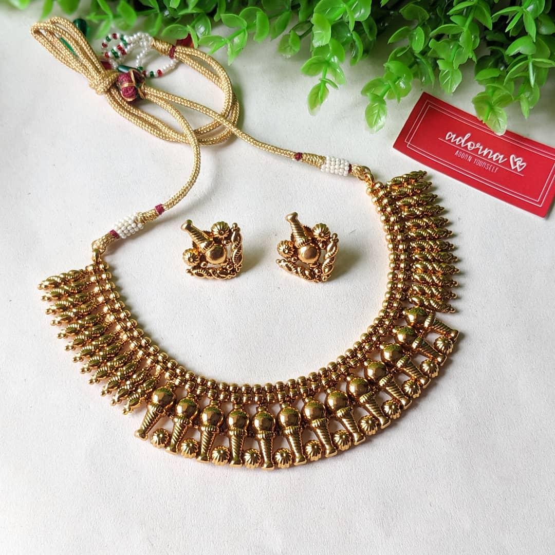 antique-gold-necklace-set
