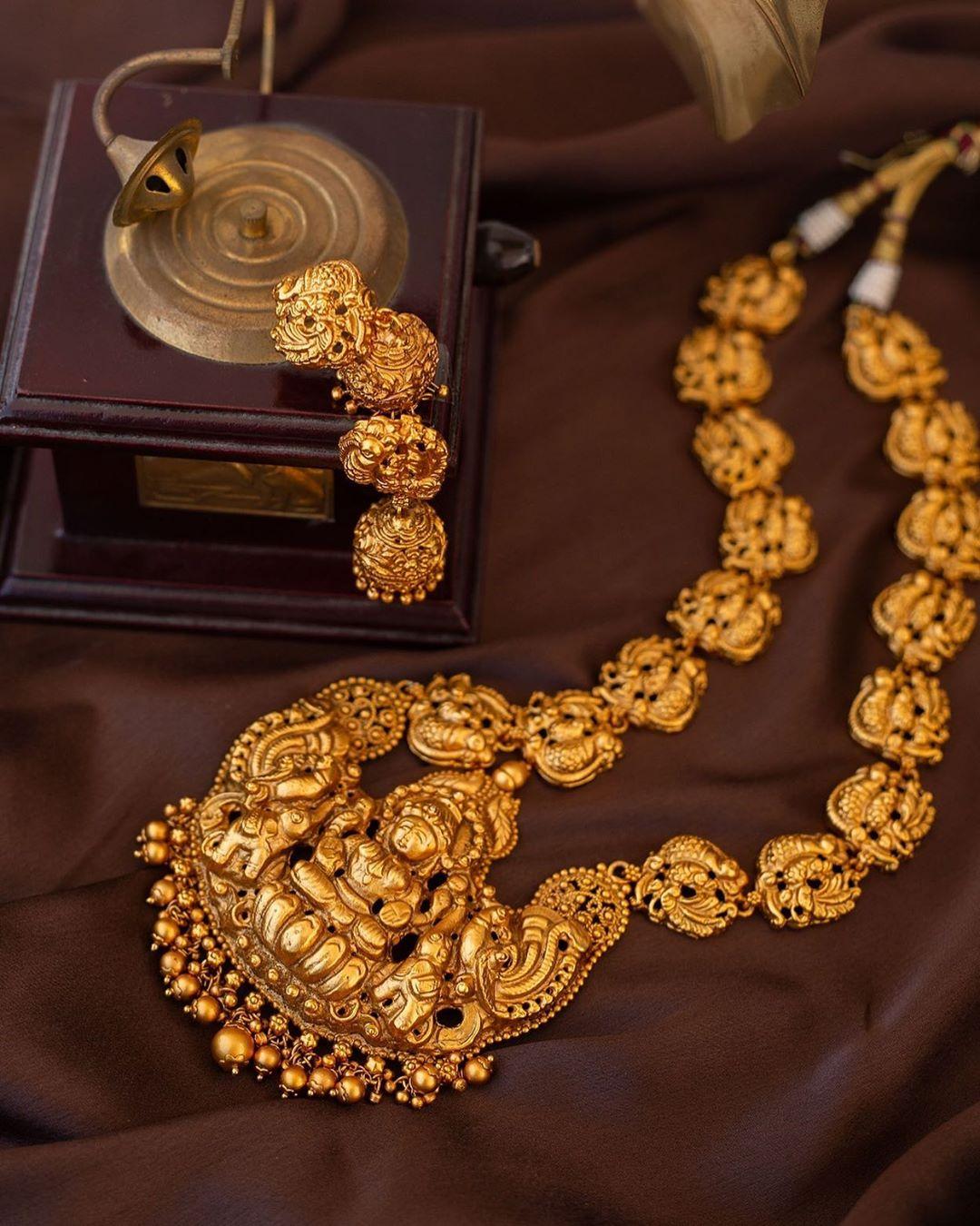 lakshmi-gold-look-alike-nagas-haram