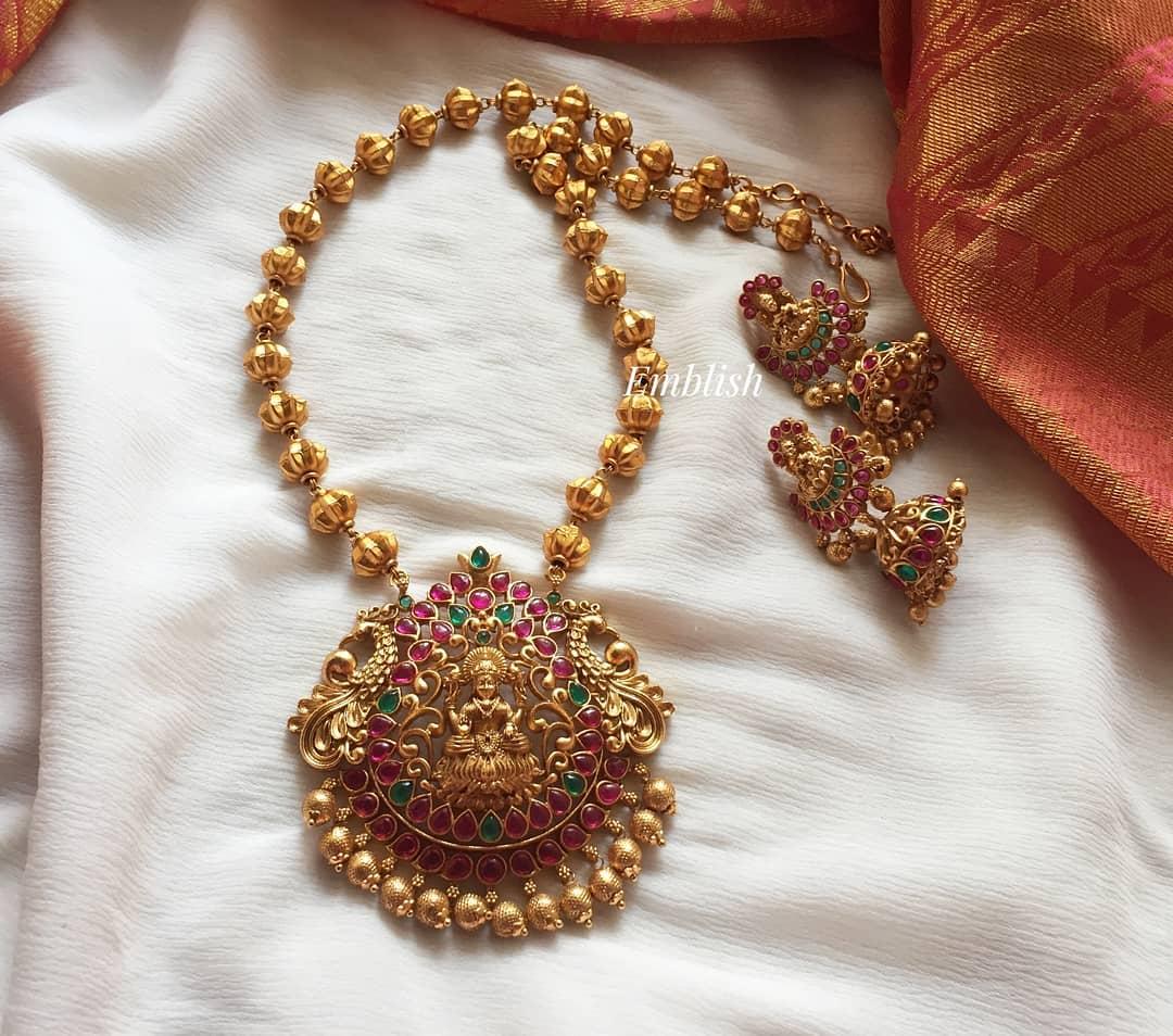 lakshmi-neclace-set