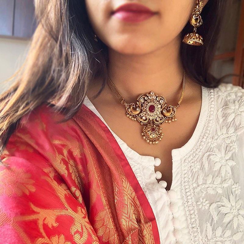 peacock-matte- choker-necklace-jhumkas
