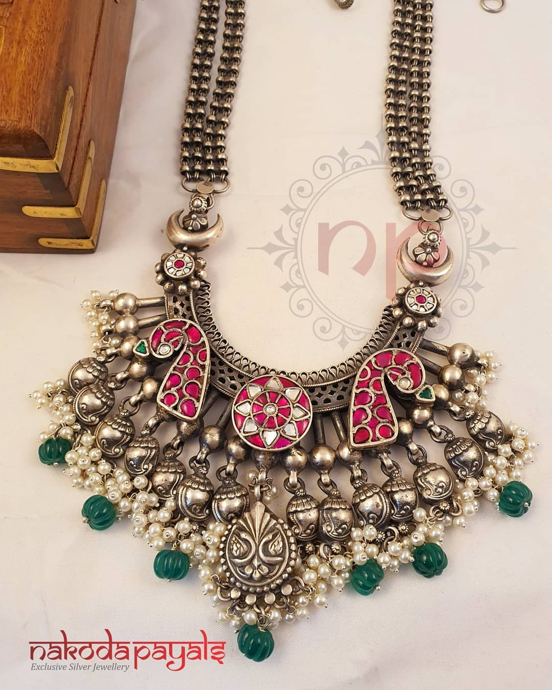pure-silver-tribal-necklace-with-kundan-stones