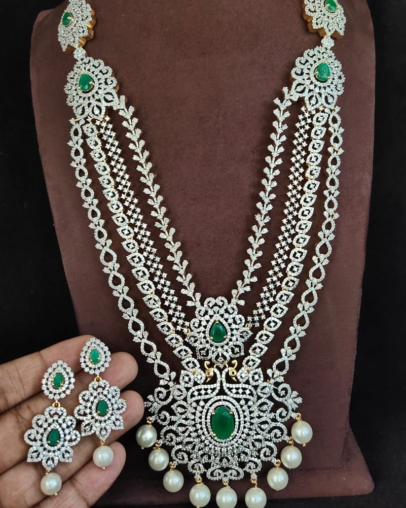 AD-multilayered-necklace-set