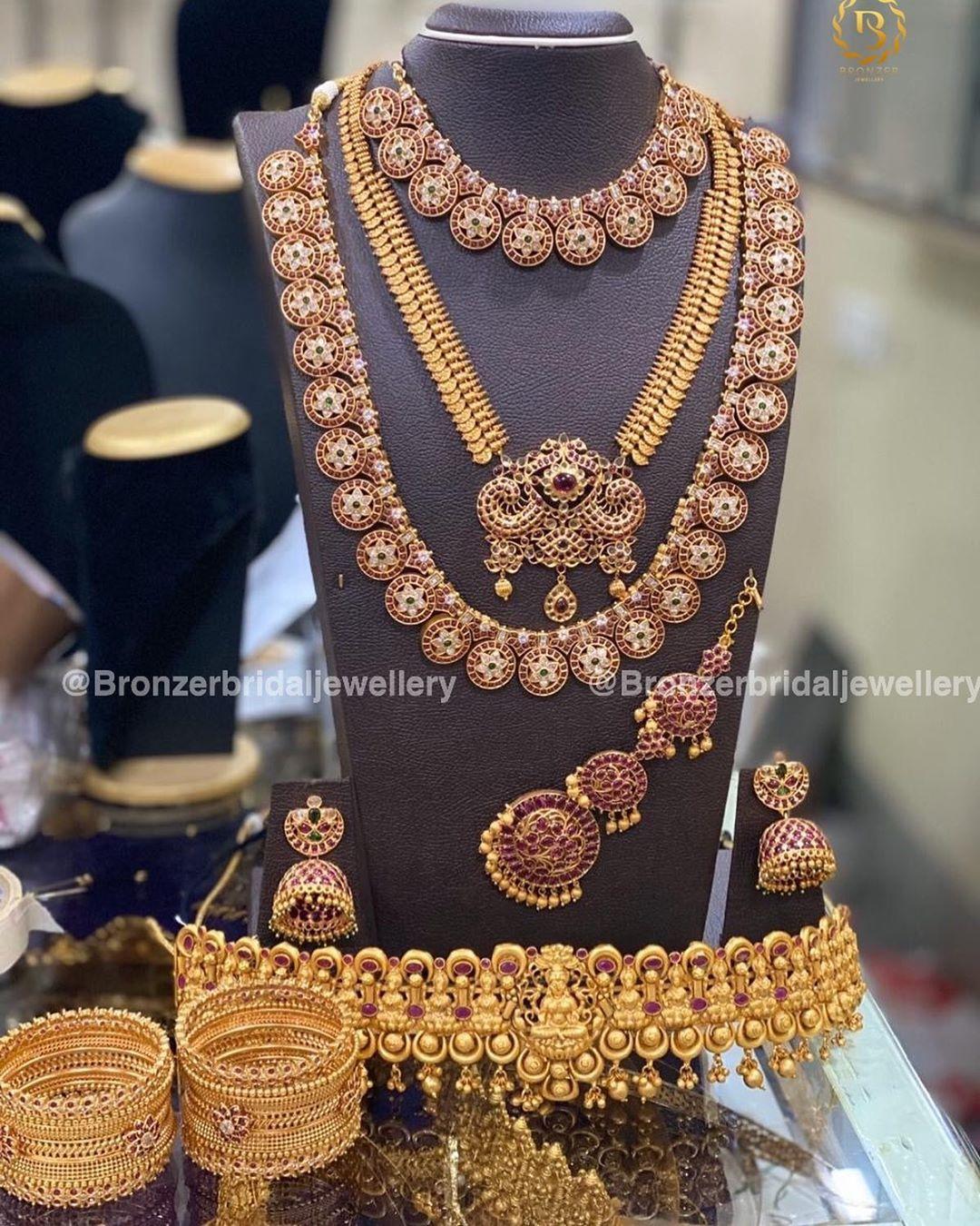 southindian-bridal-jewellery-set