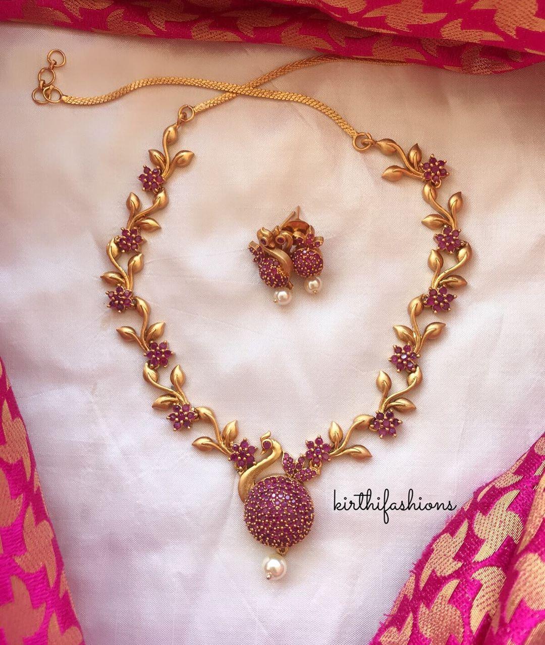 designer-peacock-necklace-set