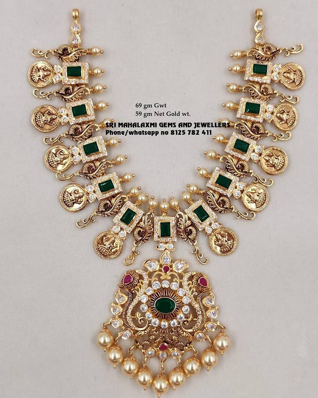 stunning-necklace-set