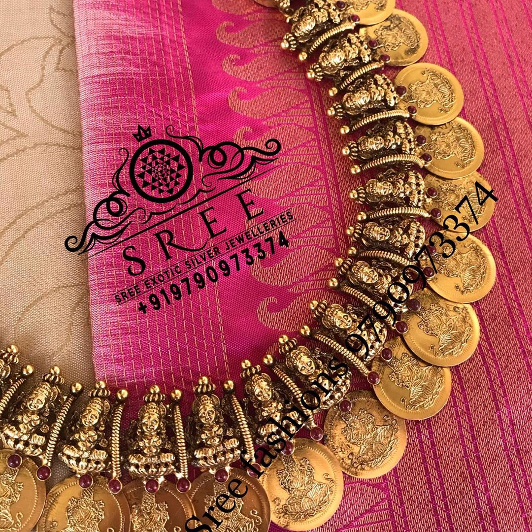 temple-coin-necklace