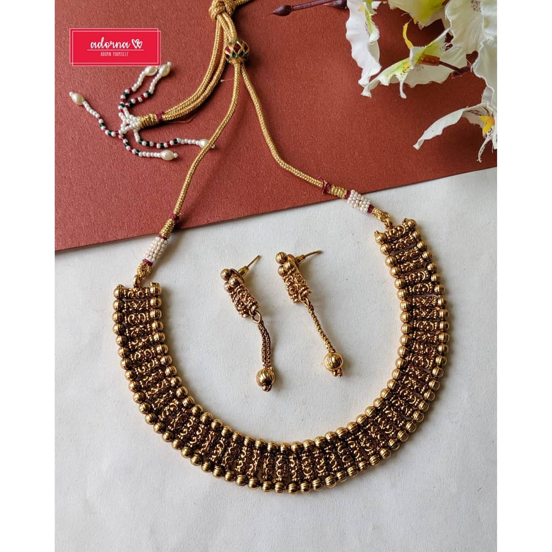 antique-gold-necklace-set