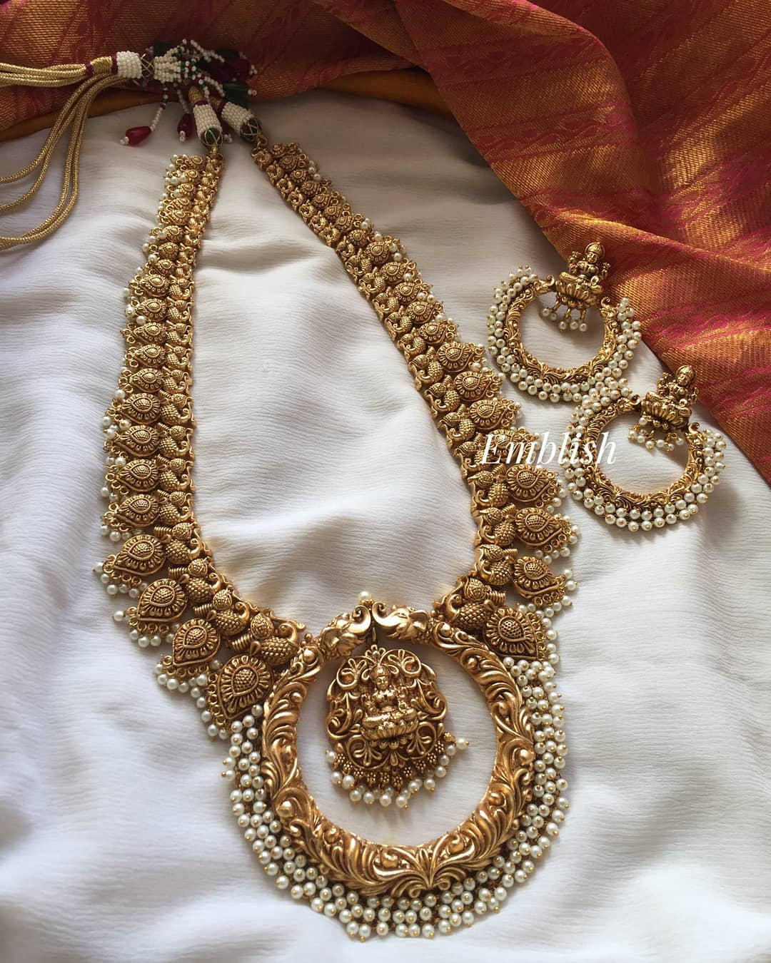 gold-like-lakshmi-mango-circle-haram