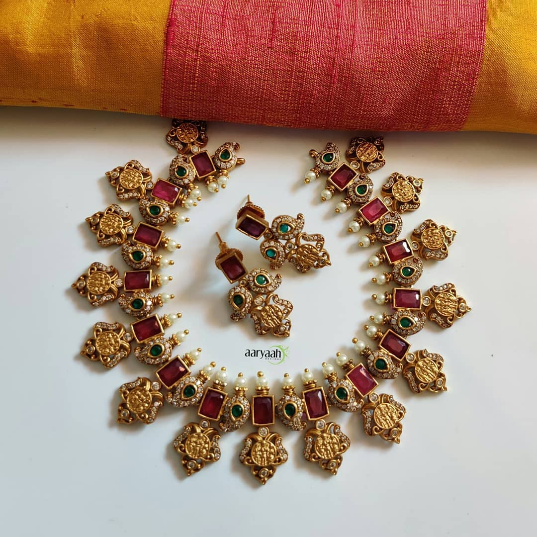ramparivar-cut-work-matte-gold-polish-premium-quality-necklace-set