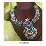 Handcarved Silver Kante Necklace with Kundan Pendant