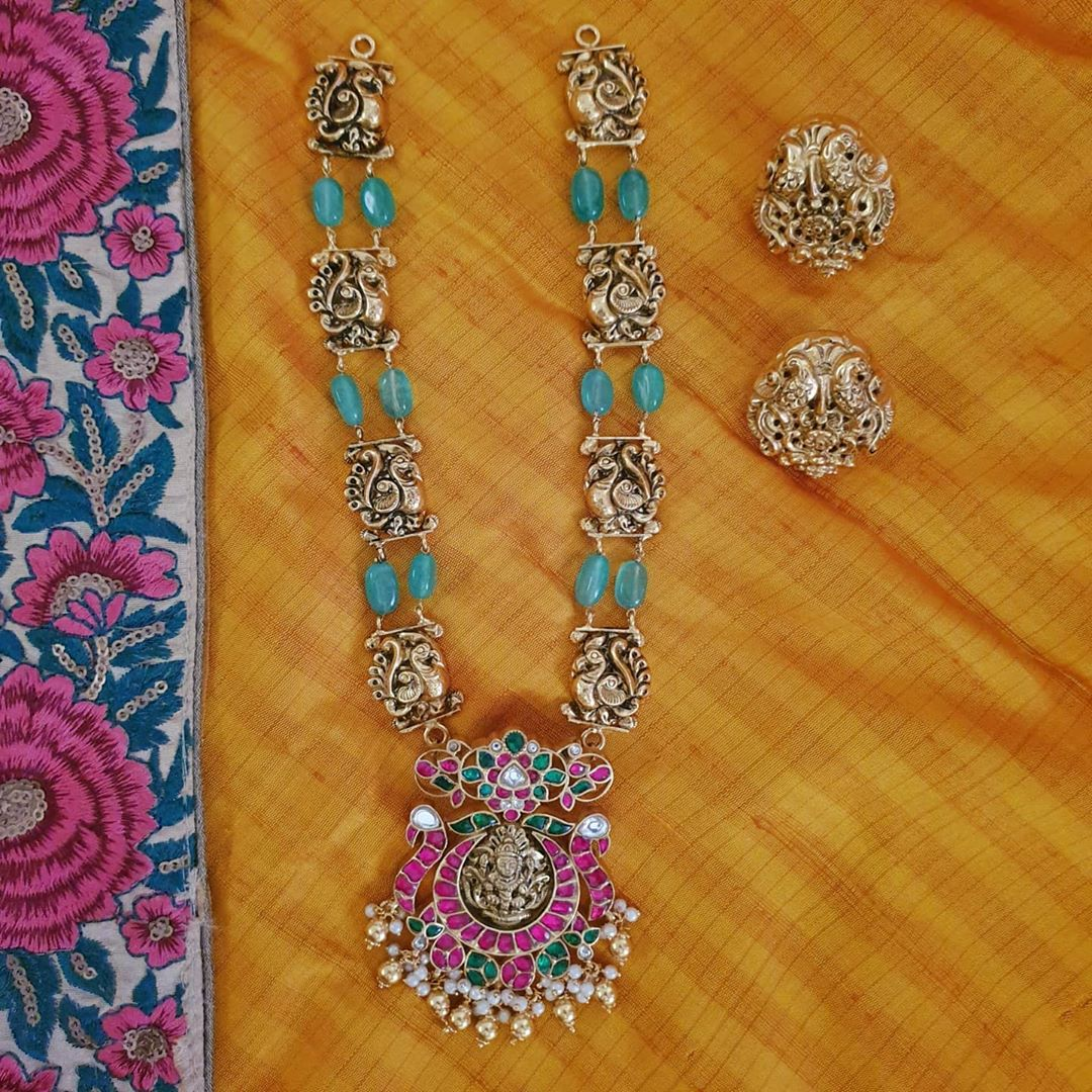 traditional-long-lakshmi-necklace-set