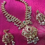 Stone and Pearl Necklace Set