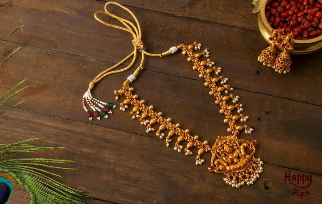 antique-matte-lakshmi-shankh-necklace