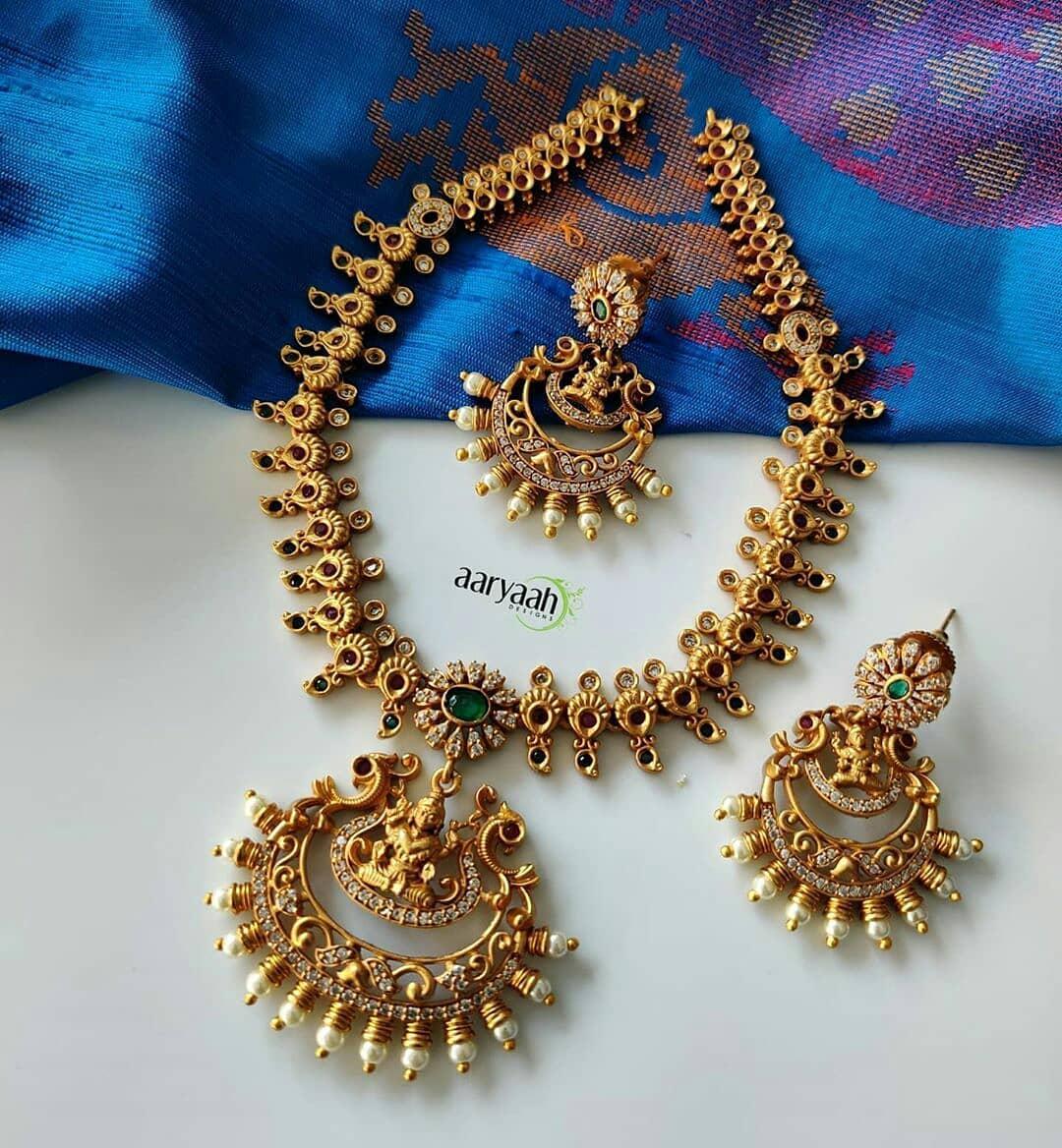 cutwork-ad-stones-laxmi-necklace