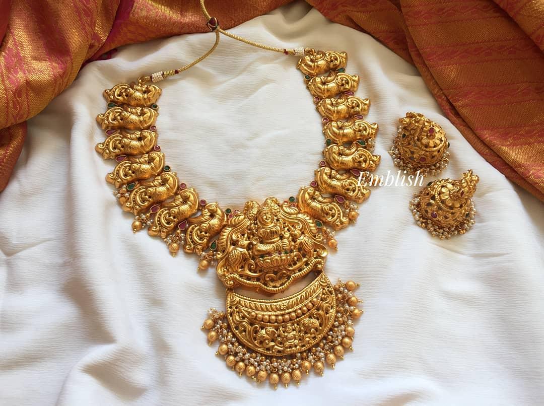 gold-like-lakshmi-double-pendant-choker
