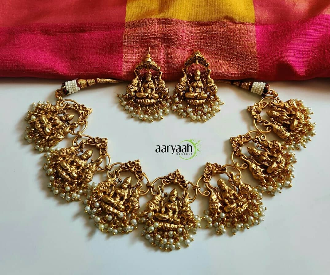 gold-plated-laxmi-choker-temple-jewellery-set