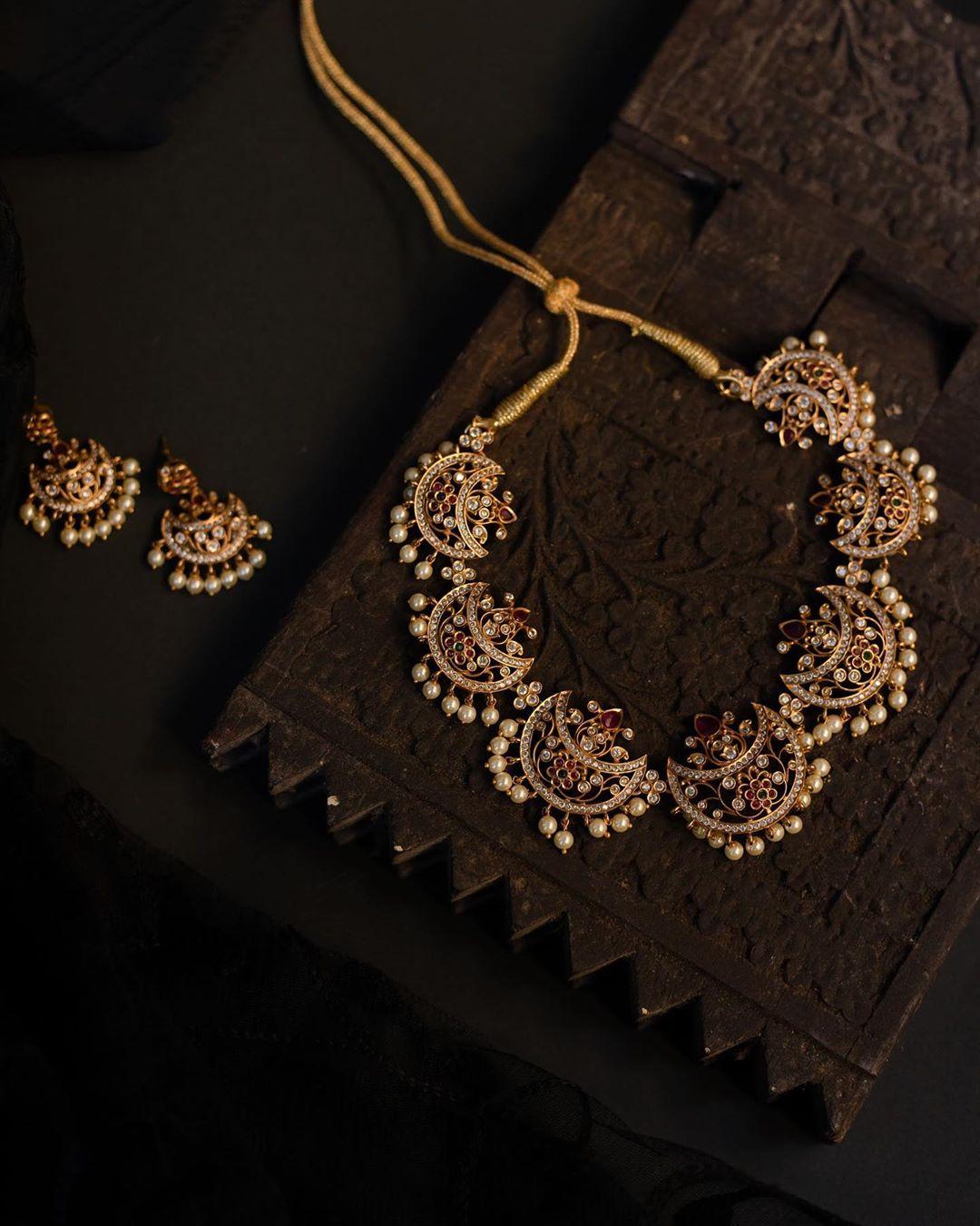 half-moon-necklace-earrings