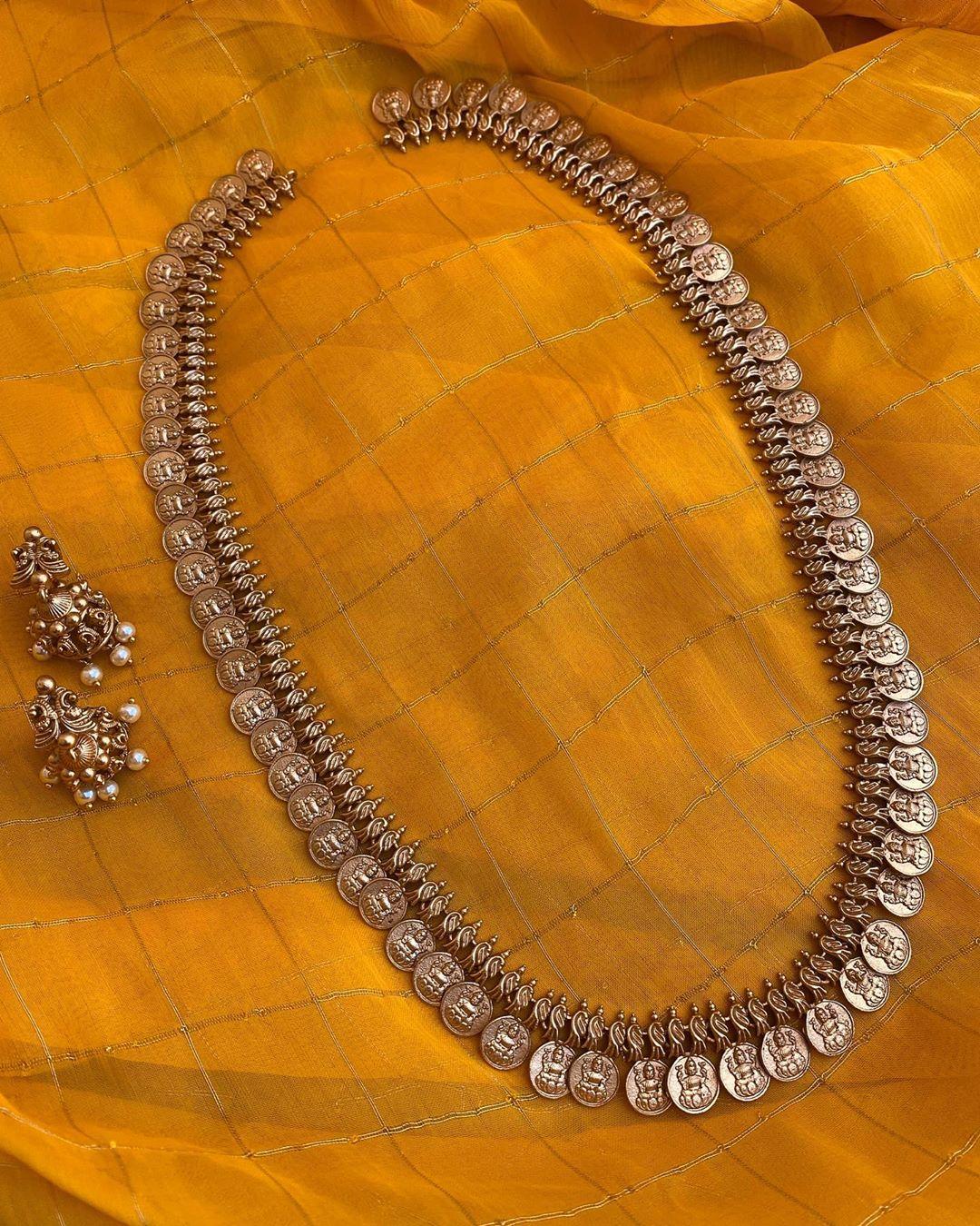 lakshmi-coin-long-haram