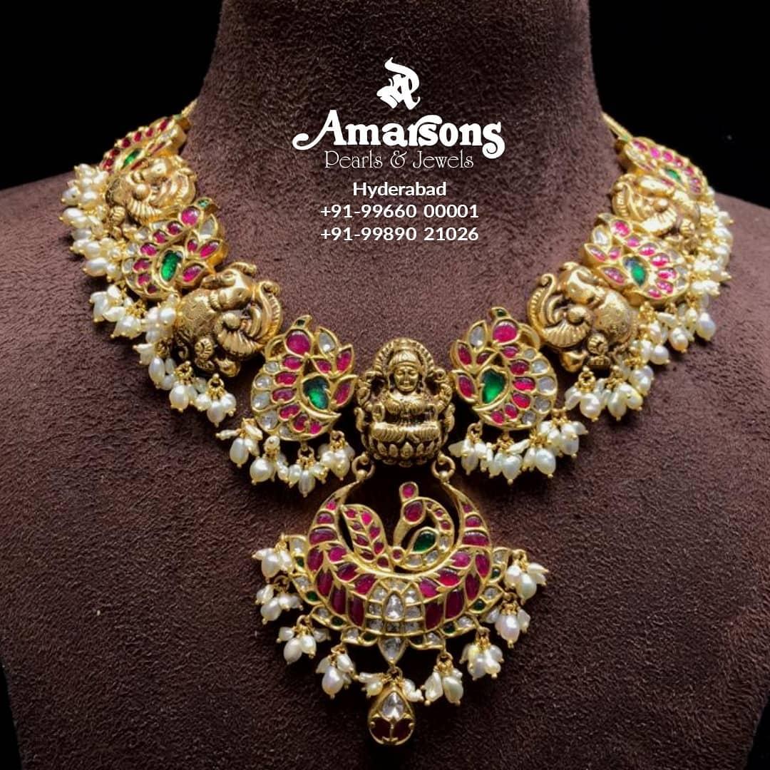 lakshmi-gold-pearls-necklace