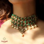 Luxury Emerald and Pearls Choker Necklace
