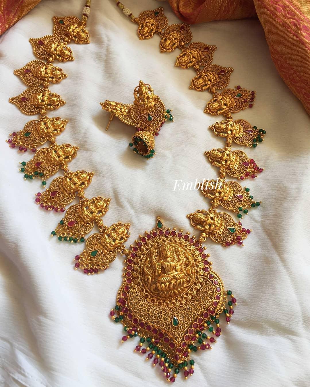 matte-lakshmi-grand-ruby-green-neckpiece