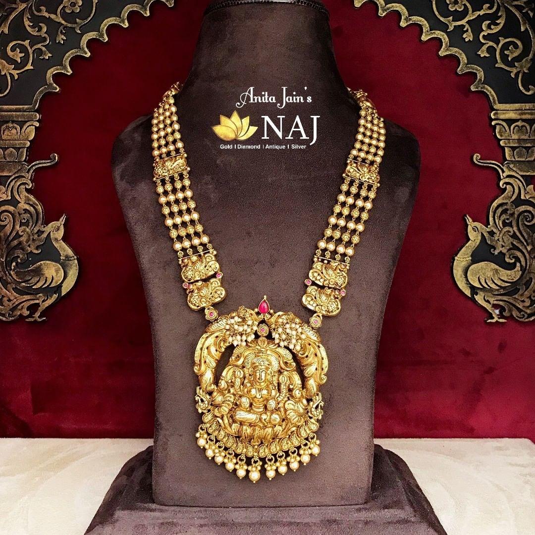 traditional-lakshmi-haram-with-peacock-design