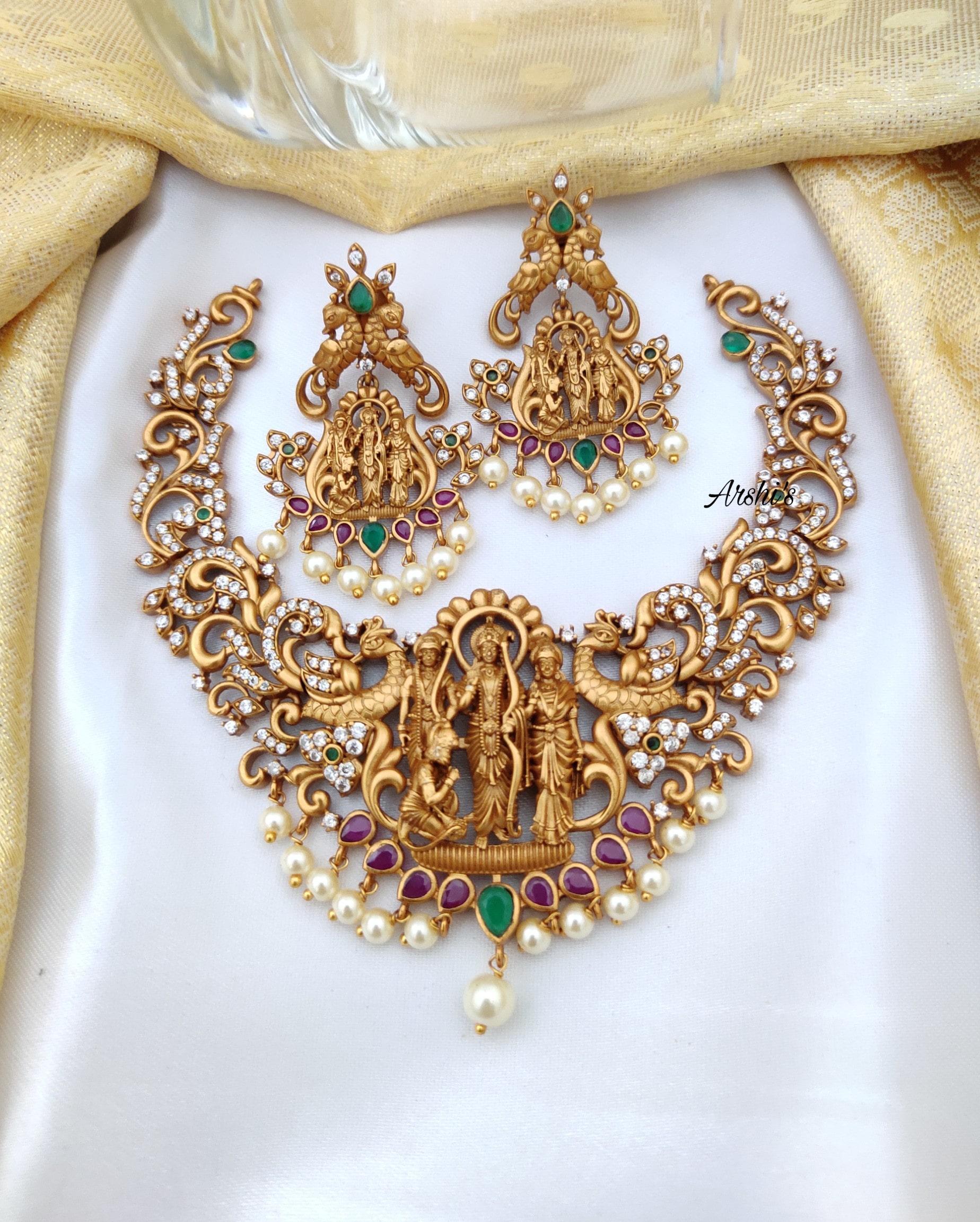 Gorgeous-Matte-Finish-Ram-Parivar-Necklace-01