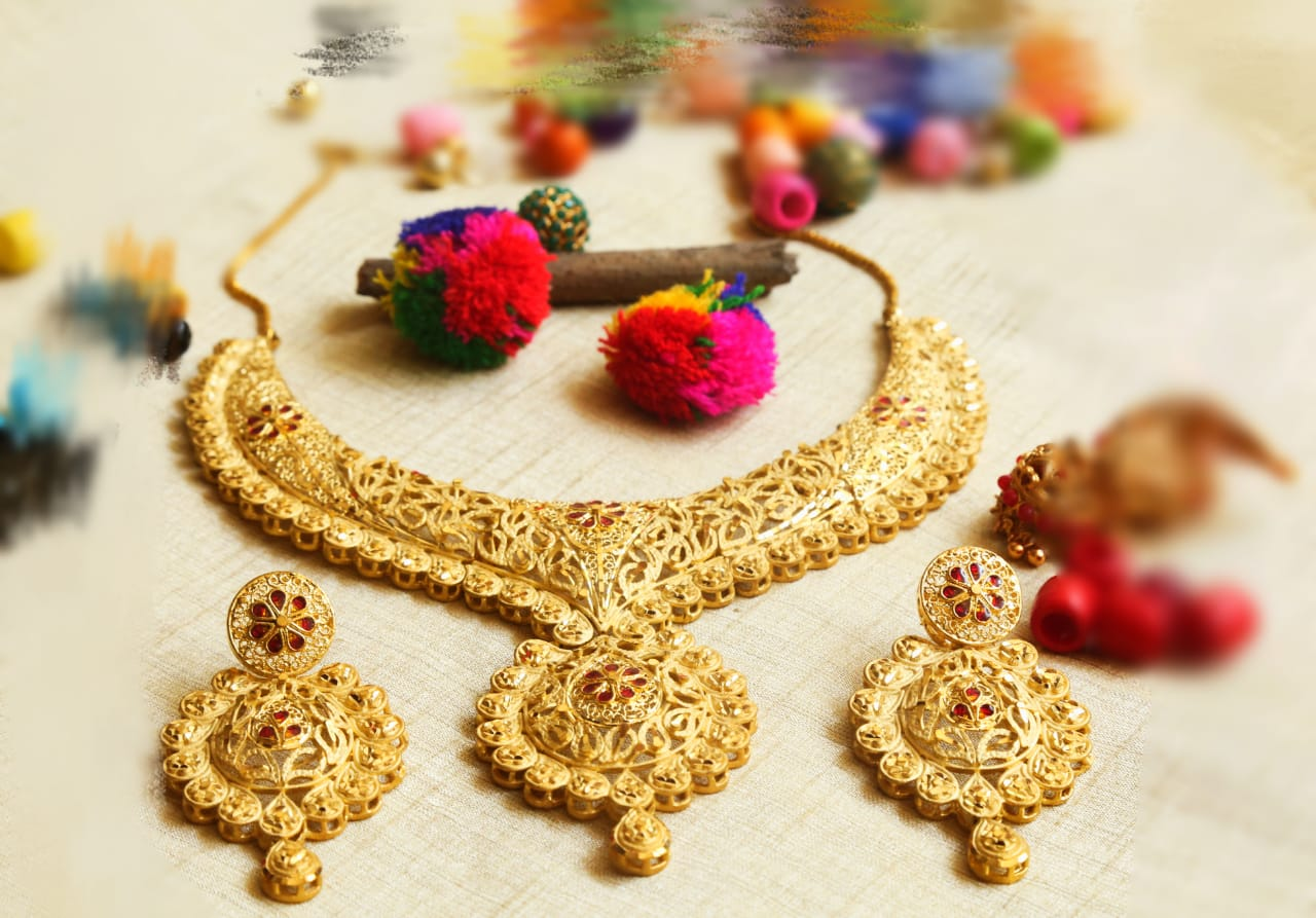 One-Gram-Gold-Grand-Look-Wedding-Necklace-01
