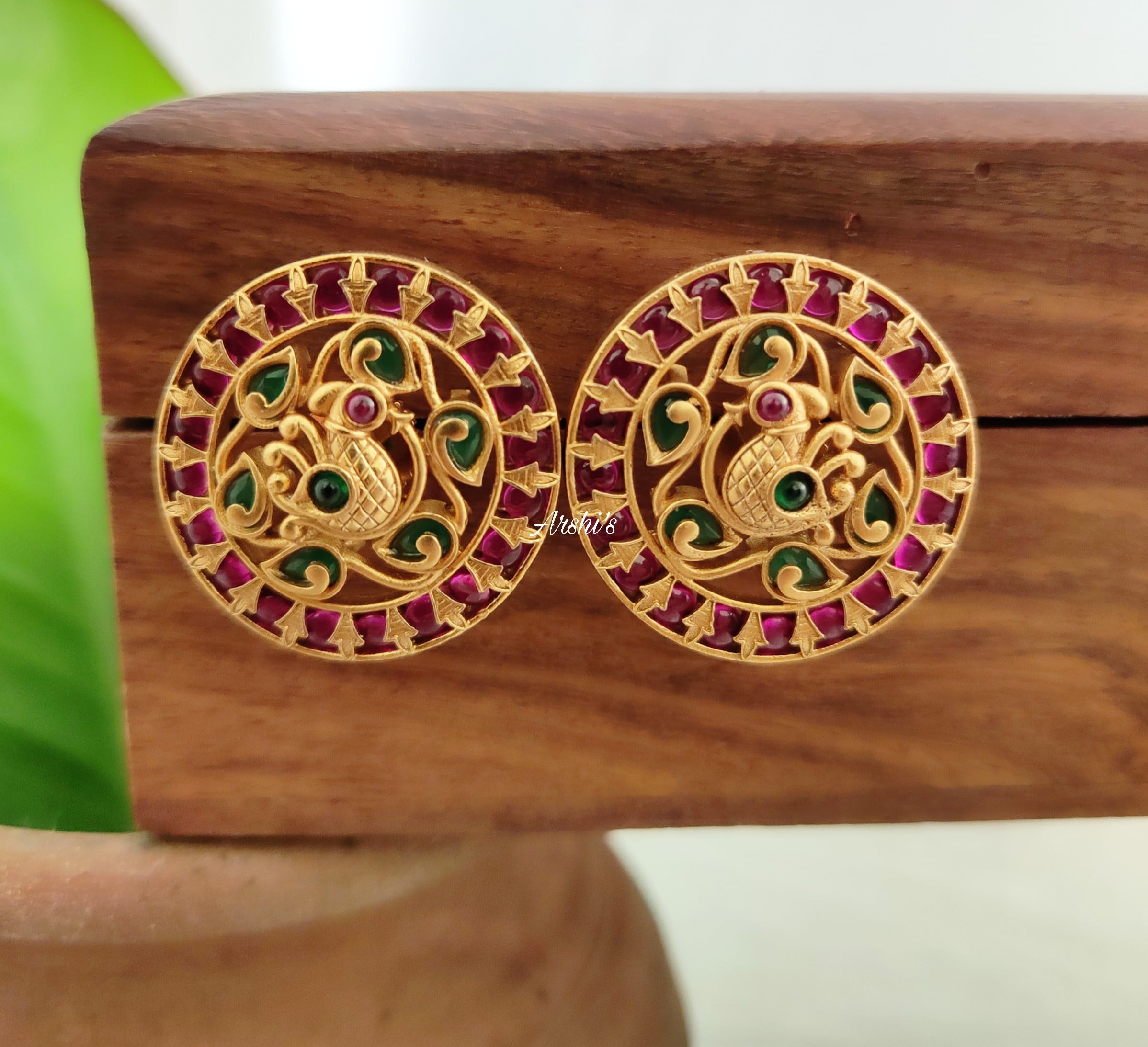 South-Indian-Red-and-Green-Kemp-Peacock-Ear-Studs-01