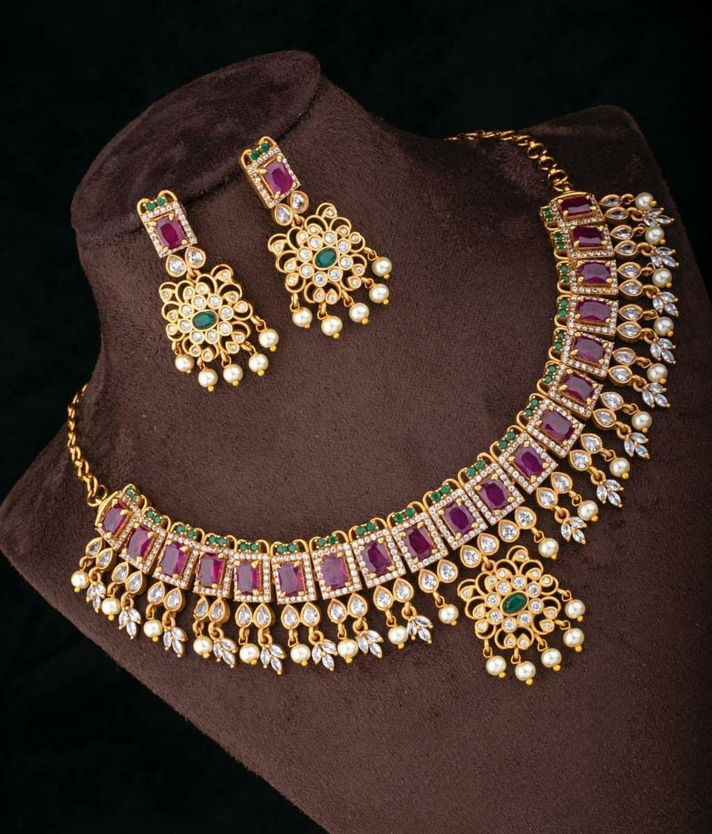 antique-polish-square-rubies-necklace