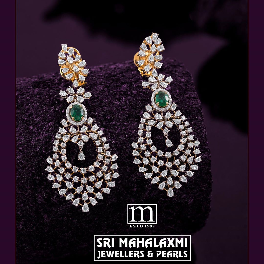 diamond-emerald-hanging-earrings