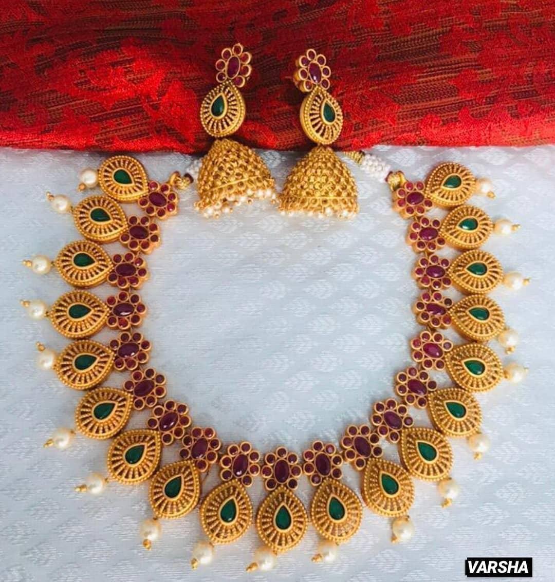 matte-finish-kemp-necklace