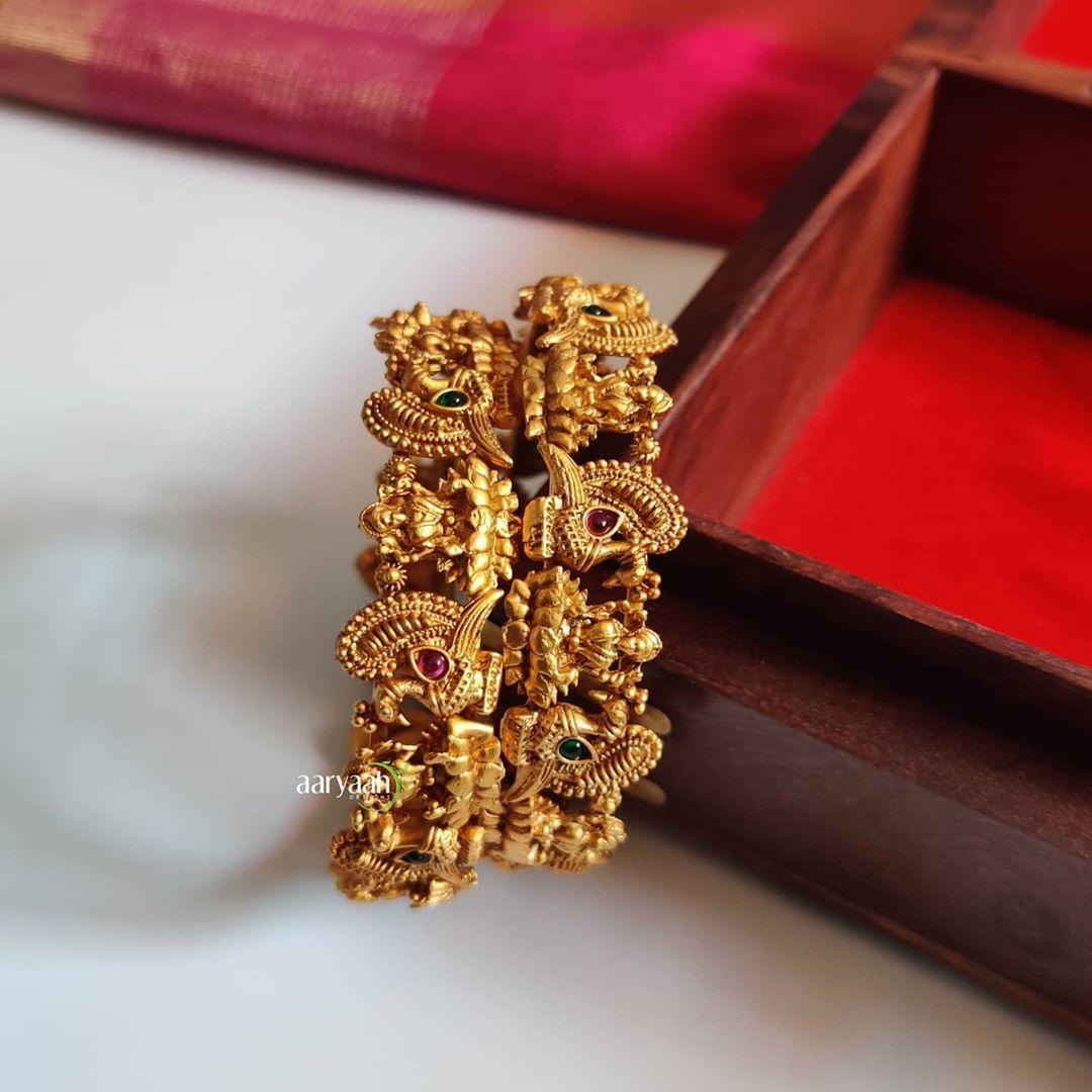 matte-gold-polish-laxmi-peacock-bangles