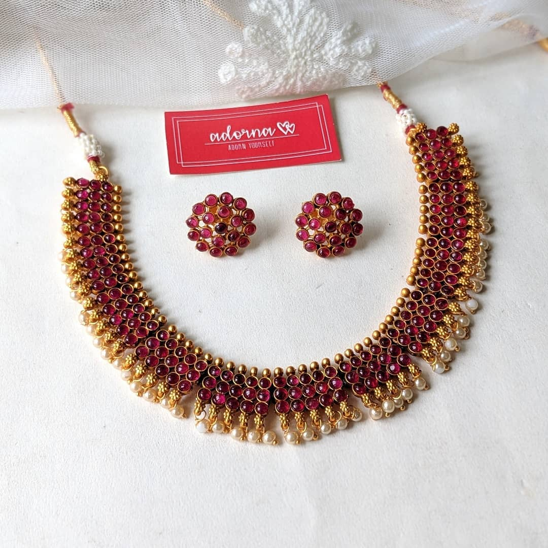 ruby-stone-pearls-necklace