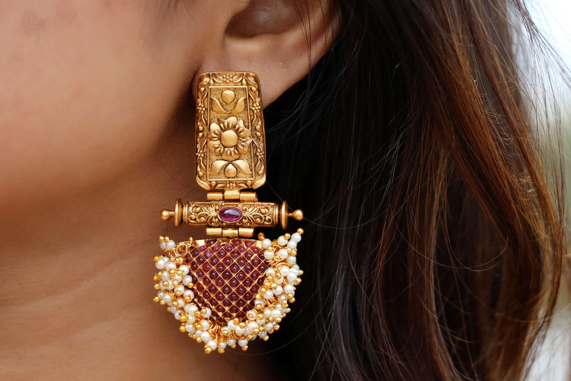 Antique-Ruby-Kemp-Pearl-Cluster-Earrings-01