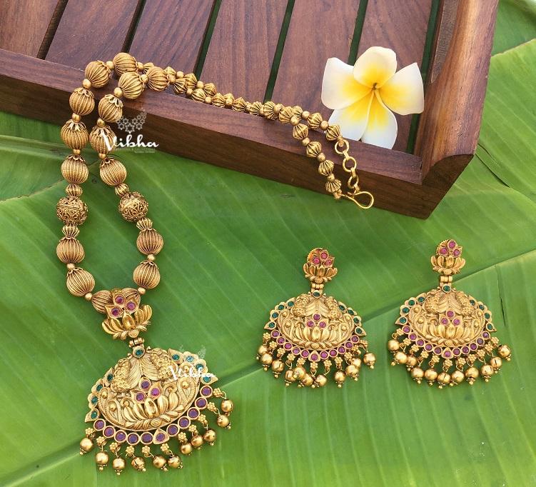 Classic-Design-Antique-Finish-Necklace-01