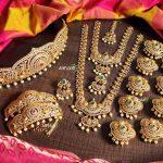 High Quality Gold Finish Bridal Set