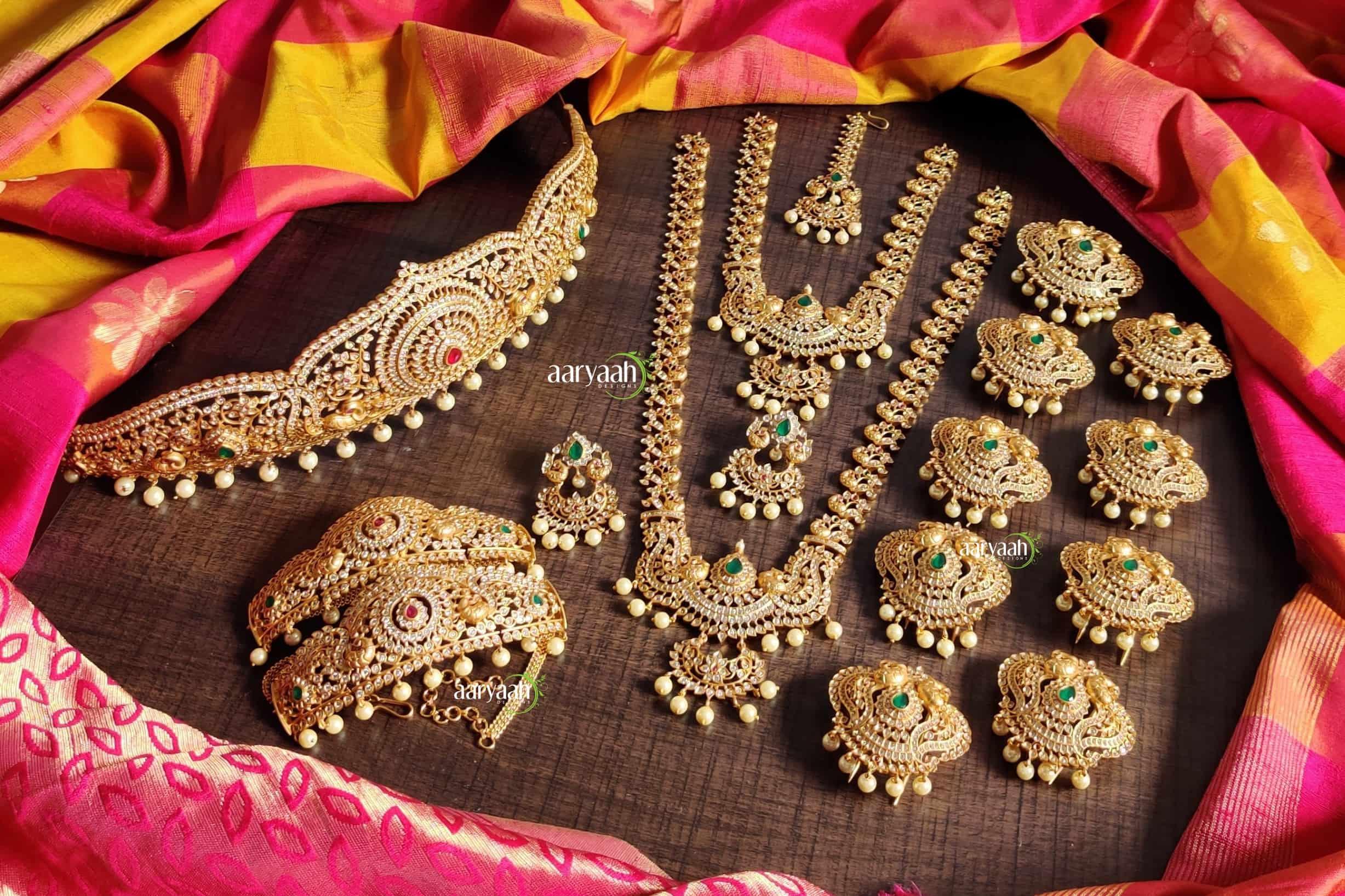 Designer-High-Quality-Gold-Finish-Full-Bridal-Set-01